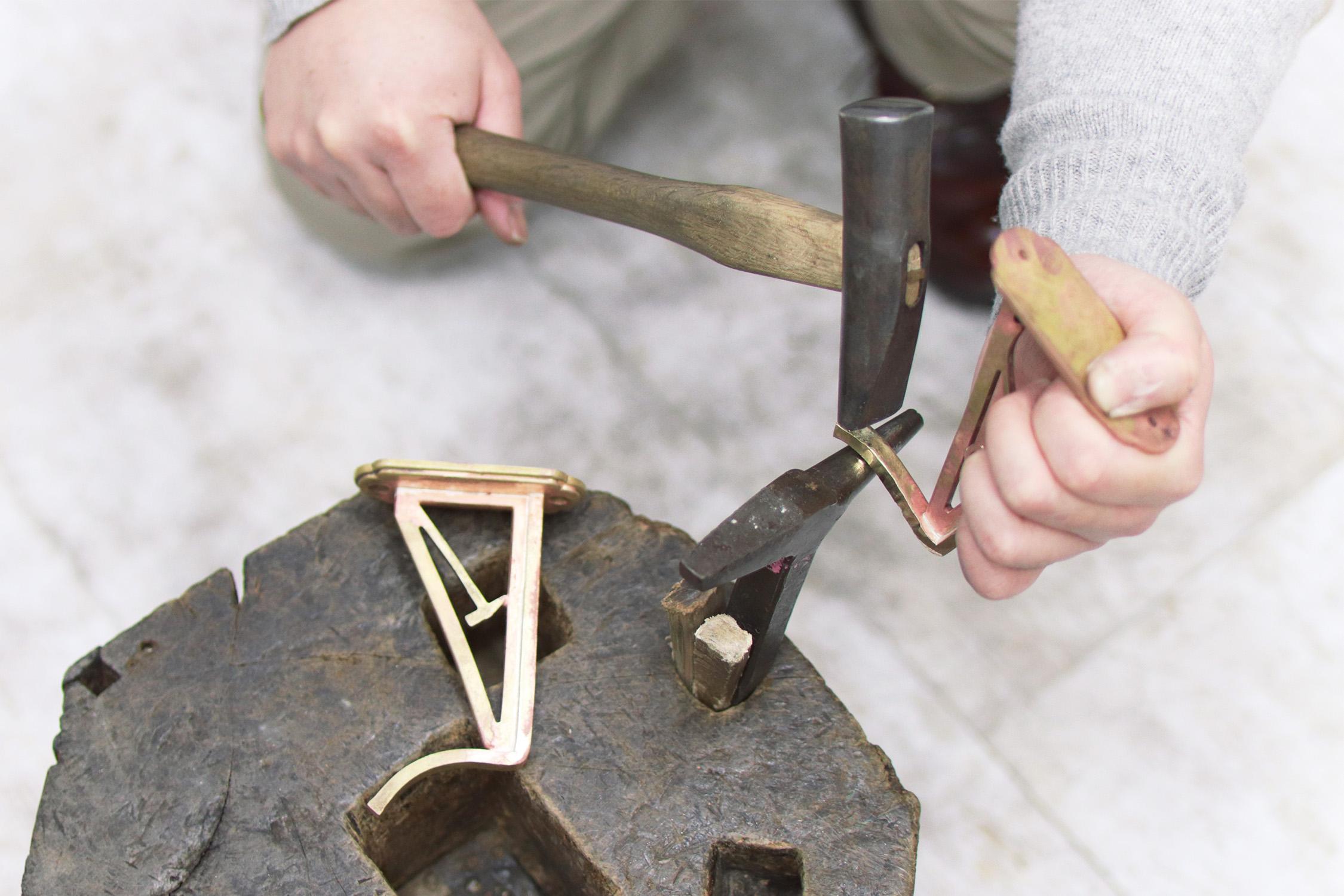 のれん金具のフックを作る