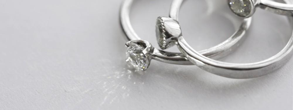 婚約指輪ついて